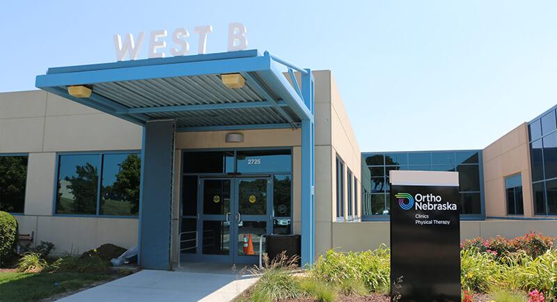Oakview Medical Building West B Entrance