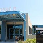 West B Entrance to Oakview Medical Building