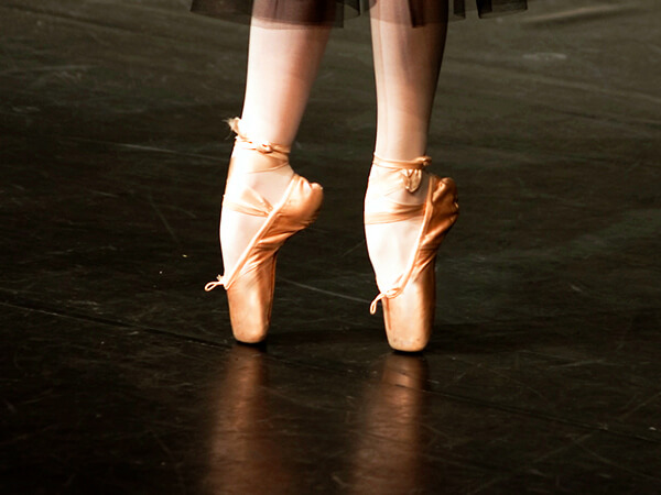 Dancer on Toes